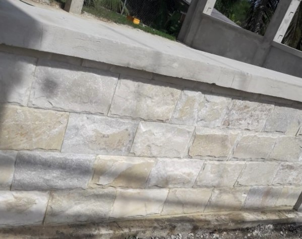 8 x 16 Quartzite Mushroom Stone